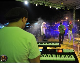 http://www.bredaanancy.com/gallery/live_assud_basilicata/DSC_8195.jpg