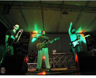 http://www.bredaanancy.com/gallery/live_assud_basilicata/DSC_8318.jpg